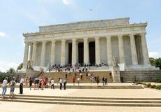 Waszyngton, DC - Czerwiec 01, 2018: Ludzie blisko Lincoln pomnika Obrazy Stock