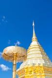 Wat土井素贴,清迈, Thaila金黄stupa的细节  免版税图库摄影