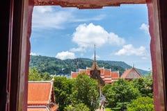 Wat查龙寺庙普吉岛,泰国教堂  图库摄影