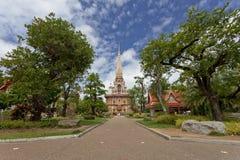Wat查龙普吉岛,泰国 免版税库存图片