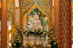 Wat查龙Chaithararam普吉岛最大的寺庙 免版税图库摄影