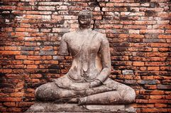 Wat柴Watthanaram,阿尤特拉利夫雷斯被破坏的菩萨雕塑,泰国 库存图片