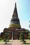 Wat的亚伊Chaimongkol古老塔, 图库摄影