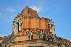 Wat的Chedi Luang塔在Chiang Mai泰国 免版税库存图片