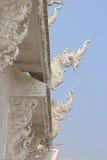 Wat荣Khun或白色寺庙,一当代非常的装饰 免版税库存图片