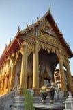 Wat здания золота буддийское samien висок nari красивый в Бангкоке Таиланде Стоковая Фотография RF