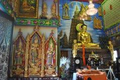 Wat здания проницательности статуи Будды nonthaburi Таиланд буддийского buakwan Стоковые Фотографии RF