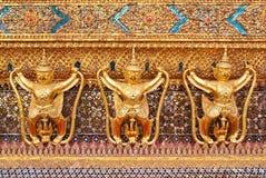 wat статуи phra kaew garuda Стоковая Фотография