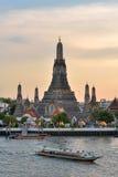 Wat Arun, ναός της Dawn, άποψη από τον ποταμό Chao Phraya Στοκ Εικόνα
