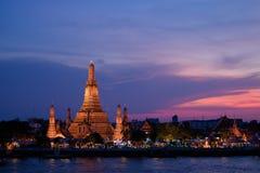 Wat Arun, ναός της Dawn, άποψη από τον ποταμό Chao Phraya Στοκ φωτογραφίες με δικαίωμα ελεύθερης χρήσης