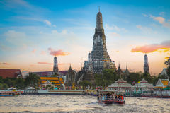Wat Arun - ο ναός της Dawn στη Μπανγκόκ Στοκ Εικόνες
