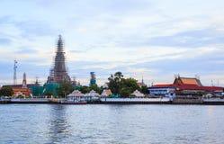 Wat Arun в Бангкоке Стоковая Фотография