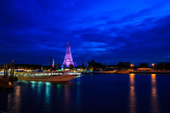 Wat Arun на взгляде ночи Стоковые Фото
