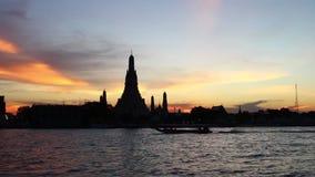 Wat Arun 13-ое октября 2018 в самое лучшее Бангкоке, Таиланде туризма акции видеоматериалы