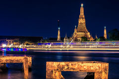 Wat Arun Photos stock