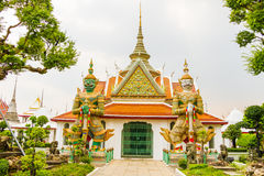 Wat arun - Bhuda bild Thailand Arkivfoto