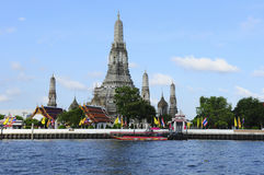 Wat Arun, Chao Phraya River, Bangkok Stock Photo