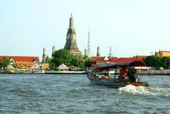 Wat Arun at The Chao Phraya river bank in Bangkok, Thailand, Asia Stock Images