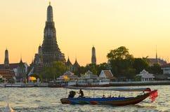 Wat Arun durante o por do sol Foto de Stock