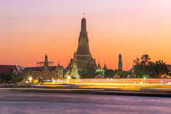 Wat Arun dusk Στοκ Φωτογραφία