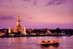 Wat Arun, fiume di Chao Phraya, Bangkok, Tailandia Fotografie Stock Libere da Diritti