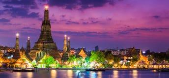 Wat Arun im Sonnenuntergang lizenzfreie stockfotografie
