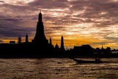 Wat Arun lub świt świątynia obraz royalty free