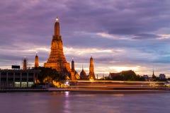 Wat Arun lub świt świątynia obrazy royalty free