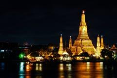 Wat Arun nachts Stockbilder