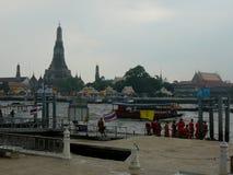 Wat Arun op de Rivier Royalty-vrije Stock Afbeeldingen