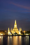 Wat Arun in pink sunset twilight, Bangkok Thailand Royalty Free Stock Image
