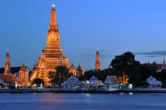 Wat Arun Rajwararam lizenzfreies stockbild