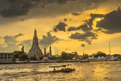 Wat Arun Ratchawaram, висок a красивый в Таиланде Стоковые Изображения