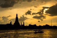 Wat Arun Ratchawaram, висок a красивый в Таиланде Стоковое Изображение RF