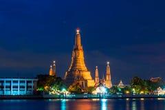 Wat Arun Ratchawaram, висок a красивый в Таиланде Стоковые Фотографии RF
