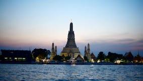 Wat Arun Ratchawararam Ratchawaramahawihan video estoque