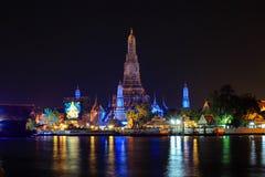 Wat Arun Ratchawararam Ratchawaramahawihan at night Stock Photos