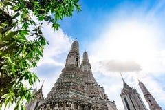 Wat Arun Ratchawararam Ratchawaramahawihan ou Wat Arun est un temple bouddhiste à Bangkok, Thaïlande photographie stock libre de droits