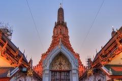 Wat Arun Ratchawararam Ratchawaramahawihan (Temple of Dawn) est un temple bouddhiste à Bangkok, Thaïlande images stock