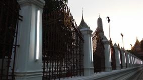 Wat Arun Ratchawararam Ratchawaramahawihan Wat Arun, tempel av gryning under solnedgång i Bangkok, Thailand Royaltyfri Bild