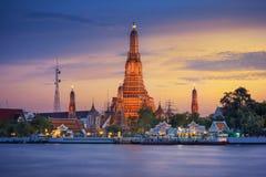 Wat Arun Ratchawararam Ratchawaramahawihan or Wat Arun (Temple of Dawn). Is a Buddhist temple in Bangkok Yai district of Bangkok, Thailand, on the Thonburi west Royalty Free Stock Photos