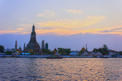 Wat Arun Ratchawararam Ratchawaramahawihan (Wat Arun) Stock Images
