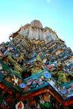 Wat Arun statyer Royaltyfria Foton