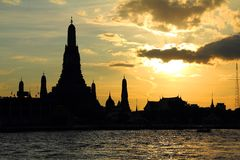 Wat Arun during sunset in Bangkok Stock Images