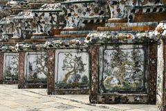 Wat Arun tempeldetaljer i Bangkok Royaltyfria Bilder