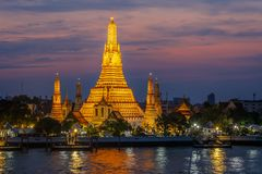 Wat Arun- The Temple of Dawn at night Royalty Free Stock Photos