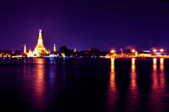 Wat Arun temple at night in Bangkok, Thailand Stock Photography