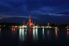Wat Arun. Temple at the riverfront Stock Photography