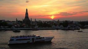 Wat Arun Temple at sunset. Bangkok. stock footage