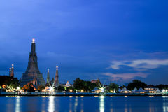 Wat Arun Temple at twilight in bangkok, Thailand. Stock Images